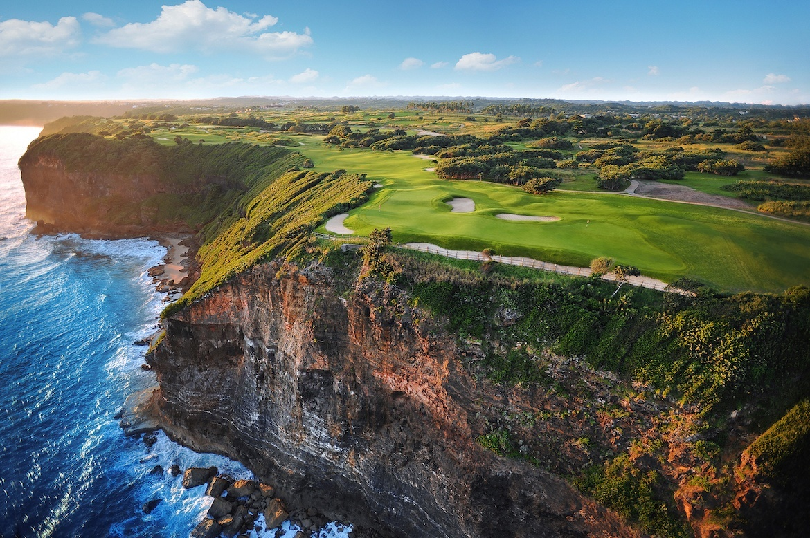 A golf course in Puerto Rico. Puerto Rico itinerary: Things to do in Old San Juan