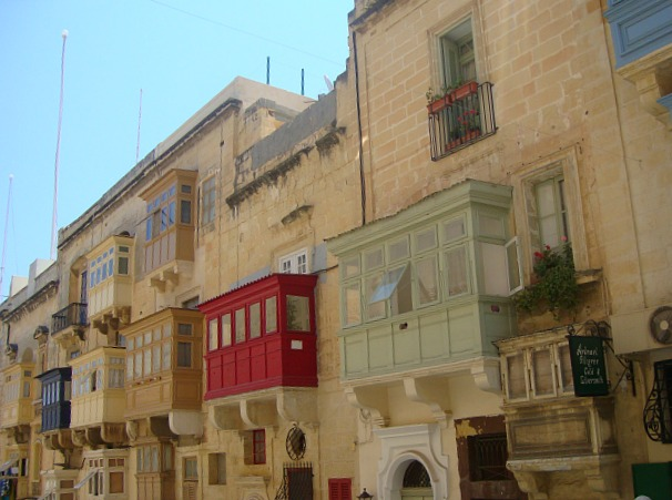 malta-valleta-house