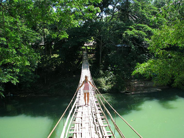philippines_hanging_bridge