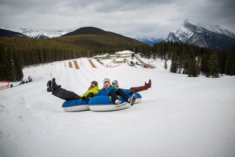 Ski_Mount_Norquay_Zizka_006_tubing_horizontal (1)