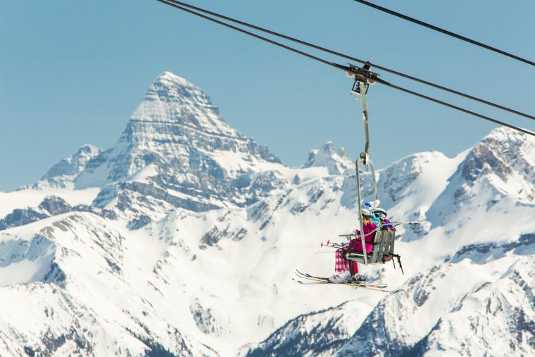 Sunshine Village Ski and Snowboard Resort_Photo credit Banff Lake Louise Tourism and Paul Zizka 3