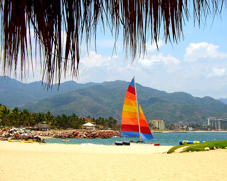 Mexico-puerto-vallarta-beach