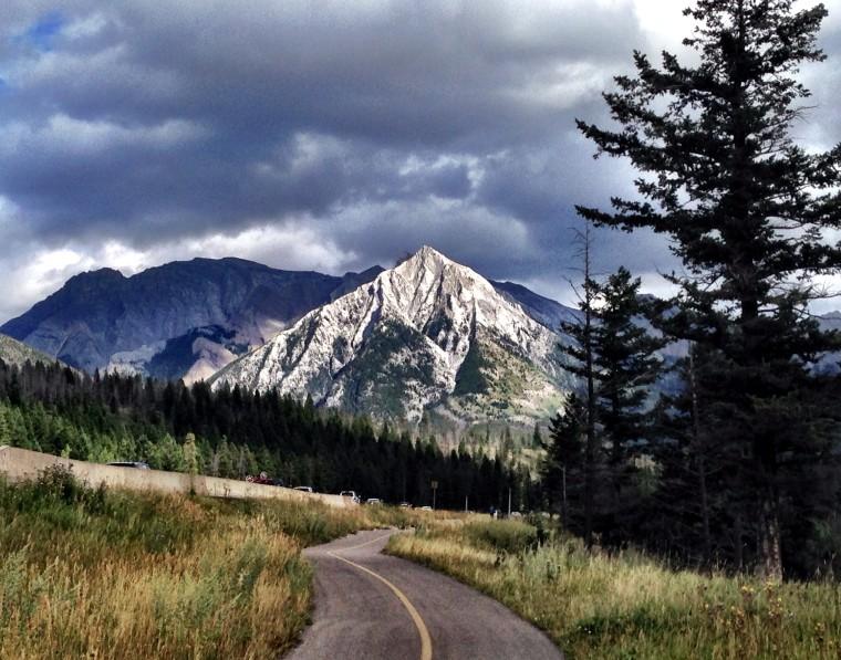 canada-alberta-canmore-mountain