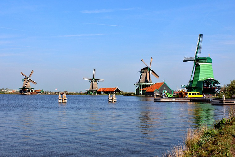 The Zaanse Schans windmills: A perfect day trip from Amsterdam