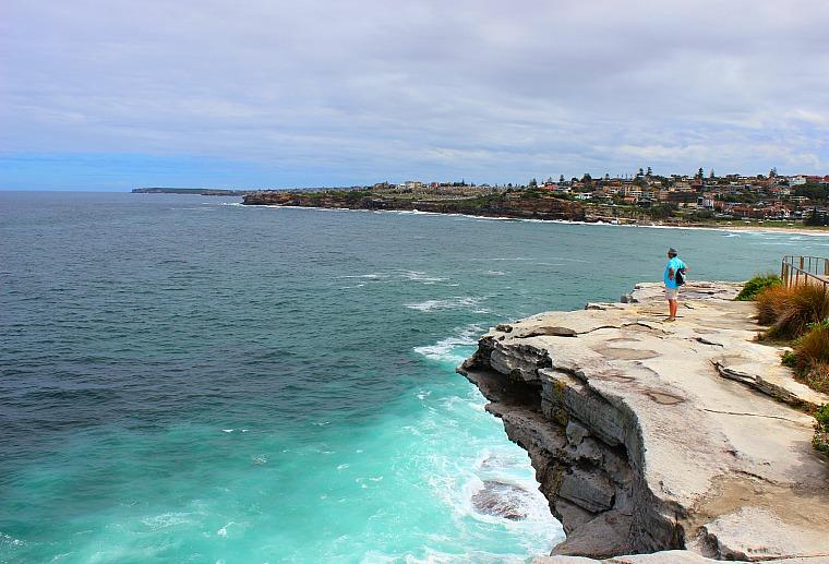 Sydney Coastal Walk from Bondi Beach to Coogee Beach.