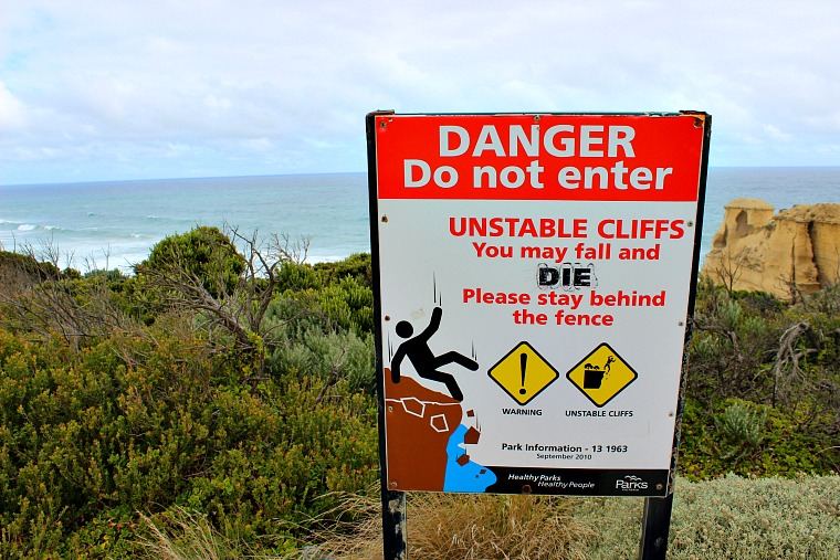 australia-great-ocean-road-sign-2