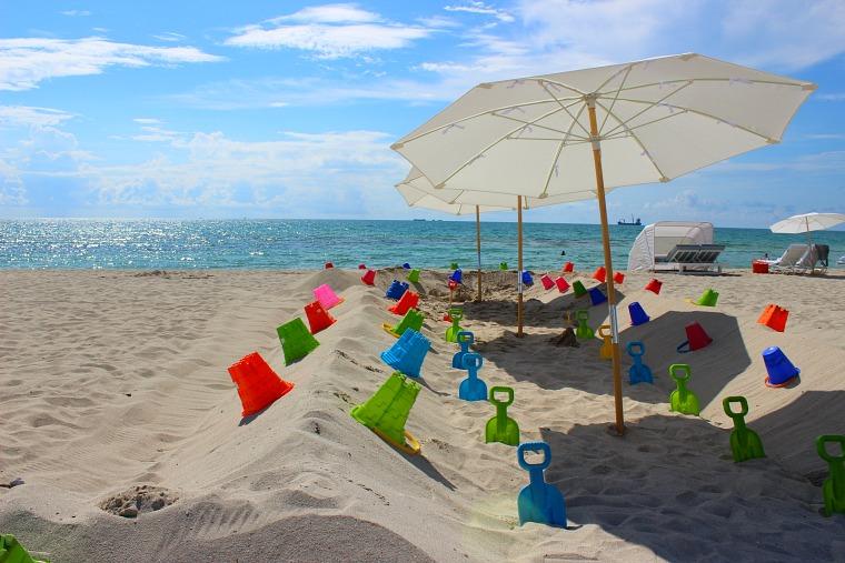usa-miami-beach-toys