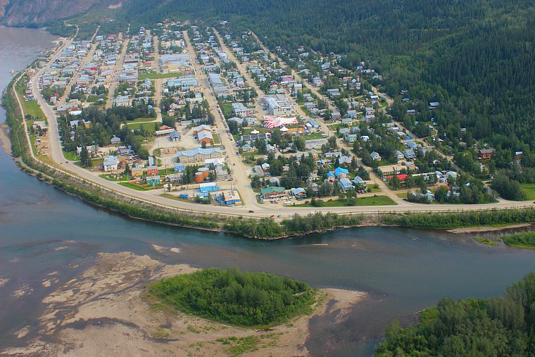 canada yukon territory dawson city travel tips articles