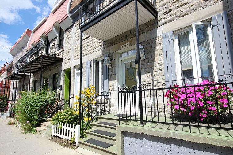 Canada-Quebec-Montreal-House-2