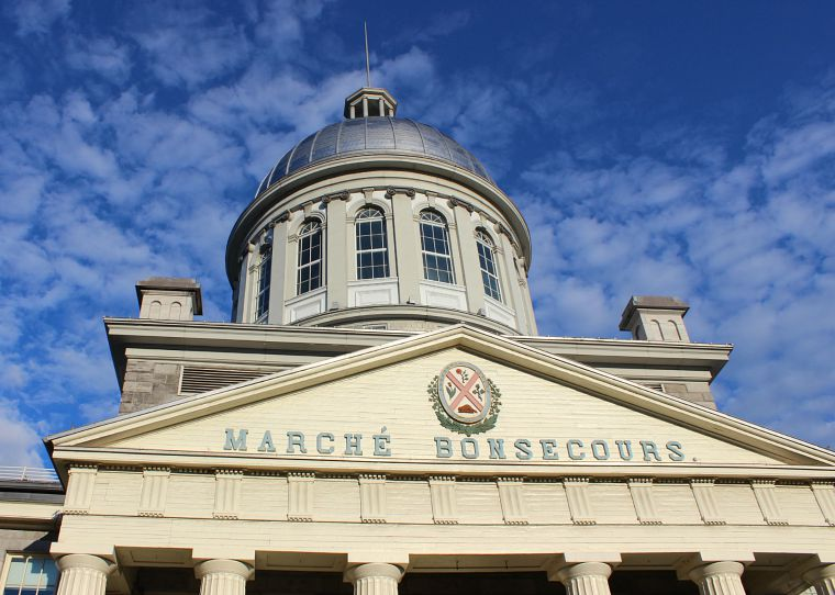 Canada-Quebec-Montreal-march-bonsecours-market