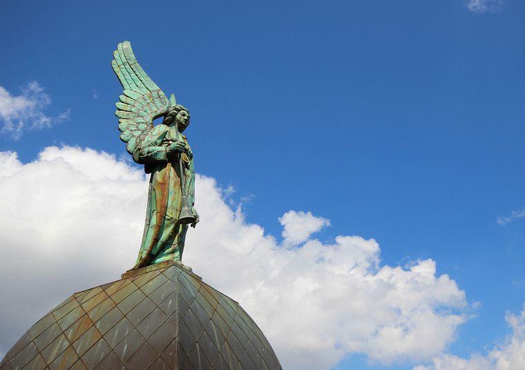Canada-Quebec-Montreal-notre-dame-angels-3