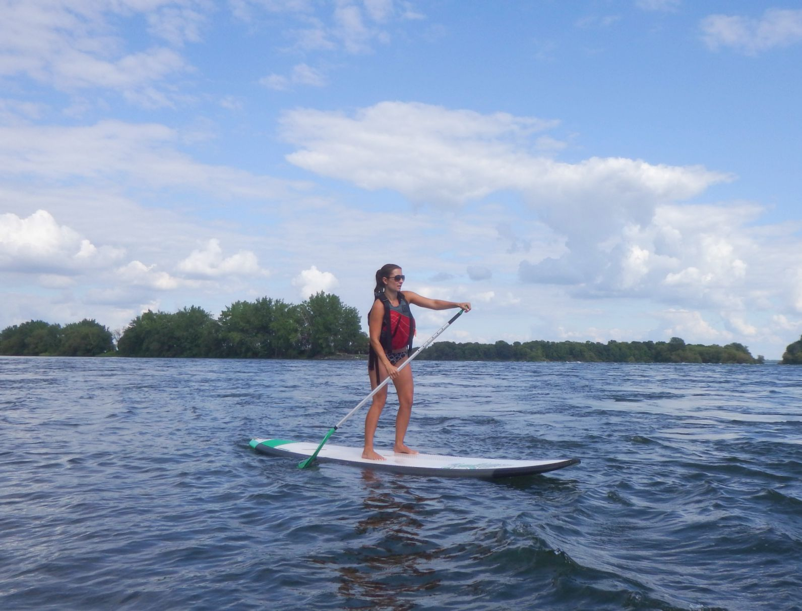 Canada-Quebec-Montreal-paddleboarding-tamara-7