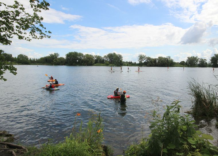 Canada-Quebec-Montreal-paddlers