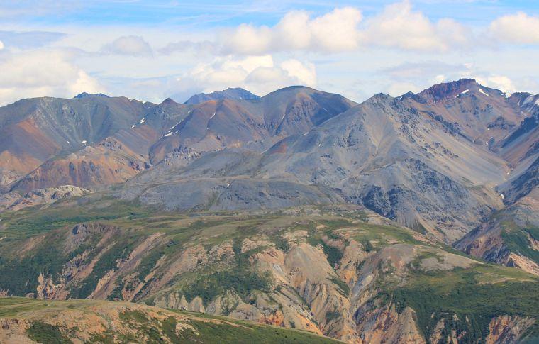 Canada-Yukon-Glacier-Tour-Mountain-Range-10