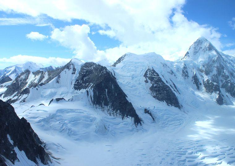Canada-Yukon-Glacier-Tour-glaciers-12