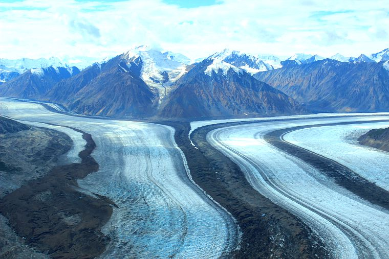 Canada-Yukon-Glacier-Tour-tracks