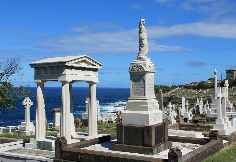 Waverly Cemetery Sydney coastal walk