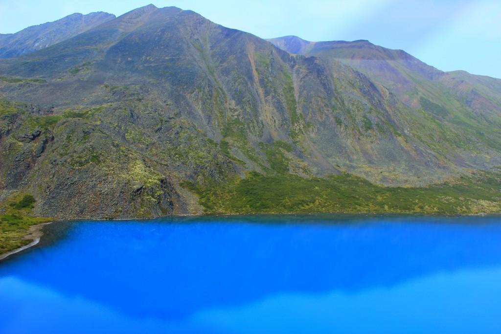 Canada-Yukon-Tombstone-azure-lake-2