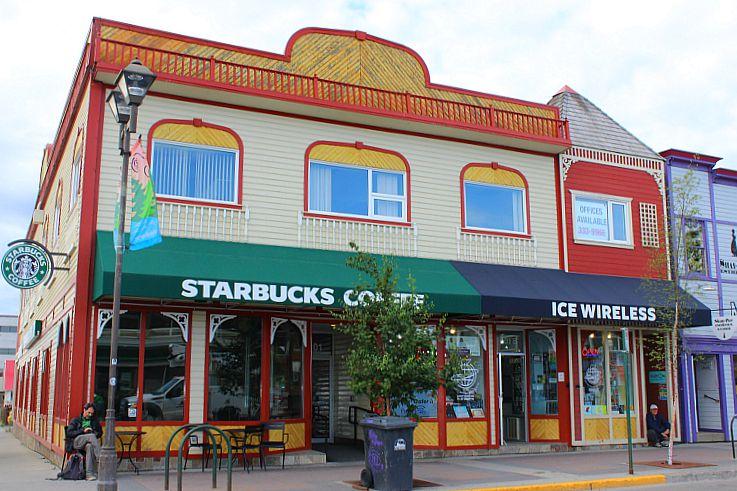 Canada-Yukon-Whitehorse-Starbucks