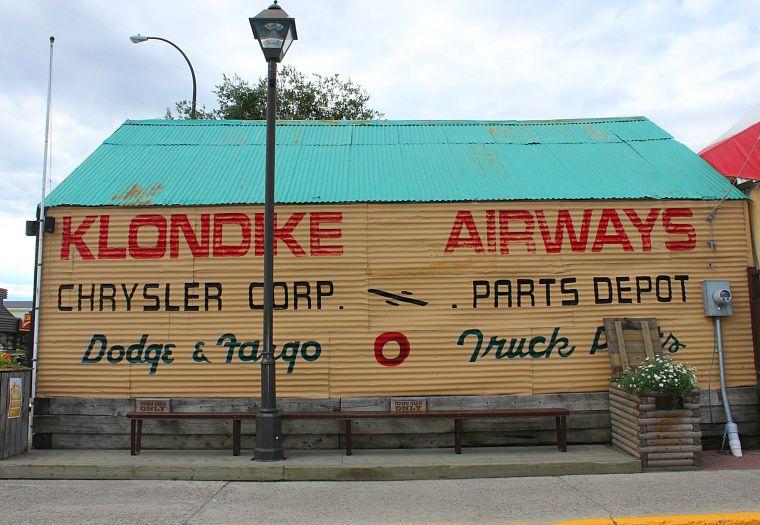 Canada-Yukon-Whitehorse-klondike-building