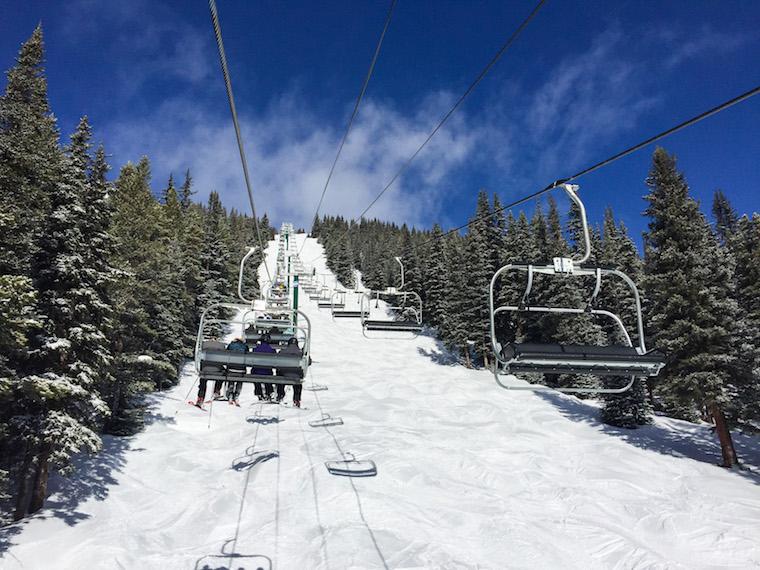 Canada-Alberta-Lake-Louise-Ski-Resort-chairlift
