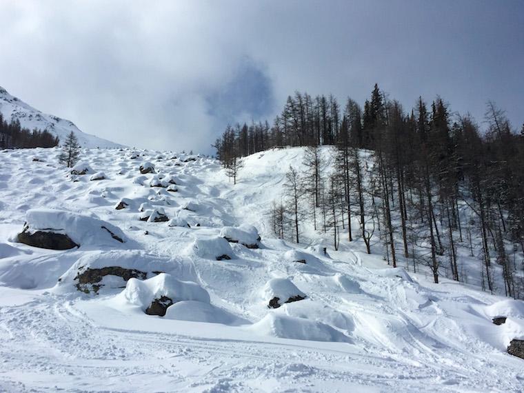 Canada-Alberta-Lake-Louise-Ski-Resort-hill-3