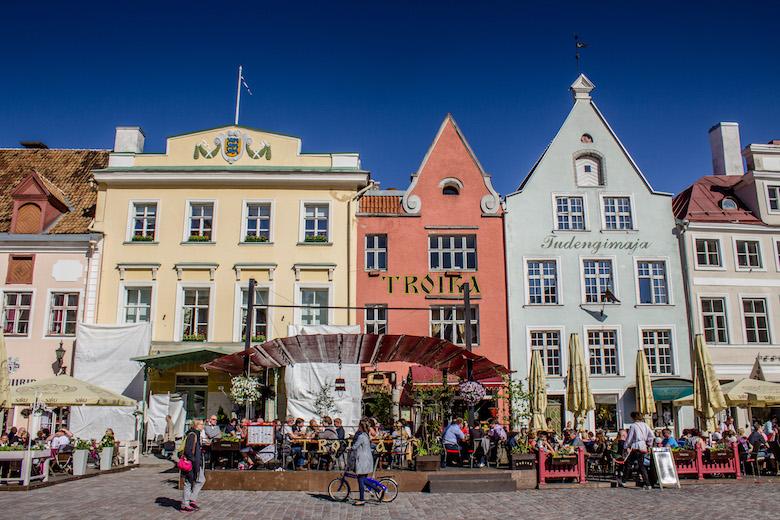 Estonia-Tallinn-Square-8