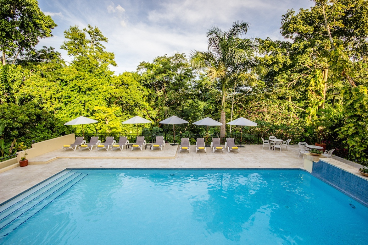 One week Belize itinerary- San Ignacio Resort Hotel pool
