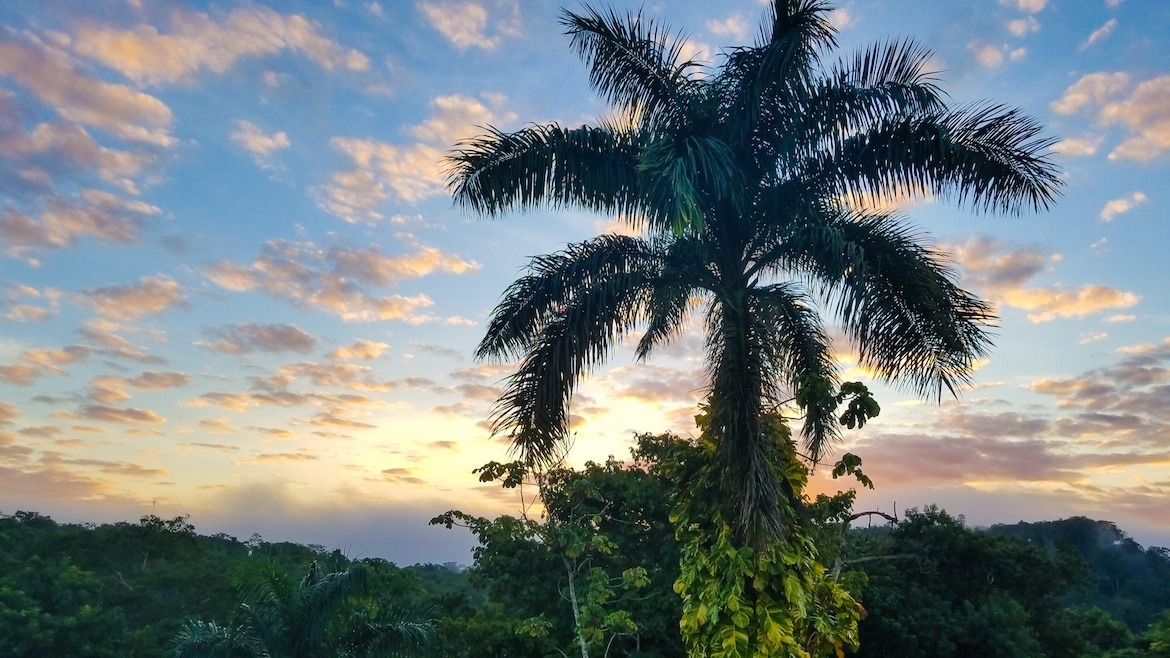 One week Belize itinerary- sunrise in san ignacio