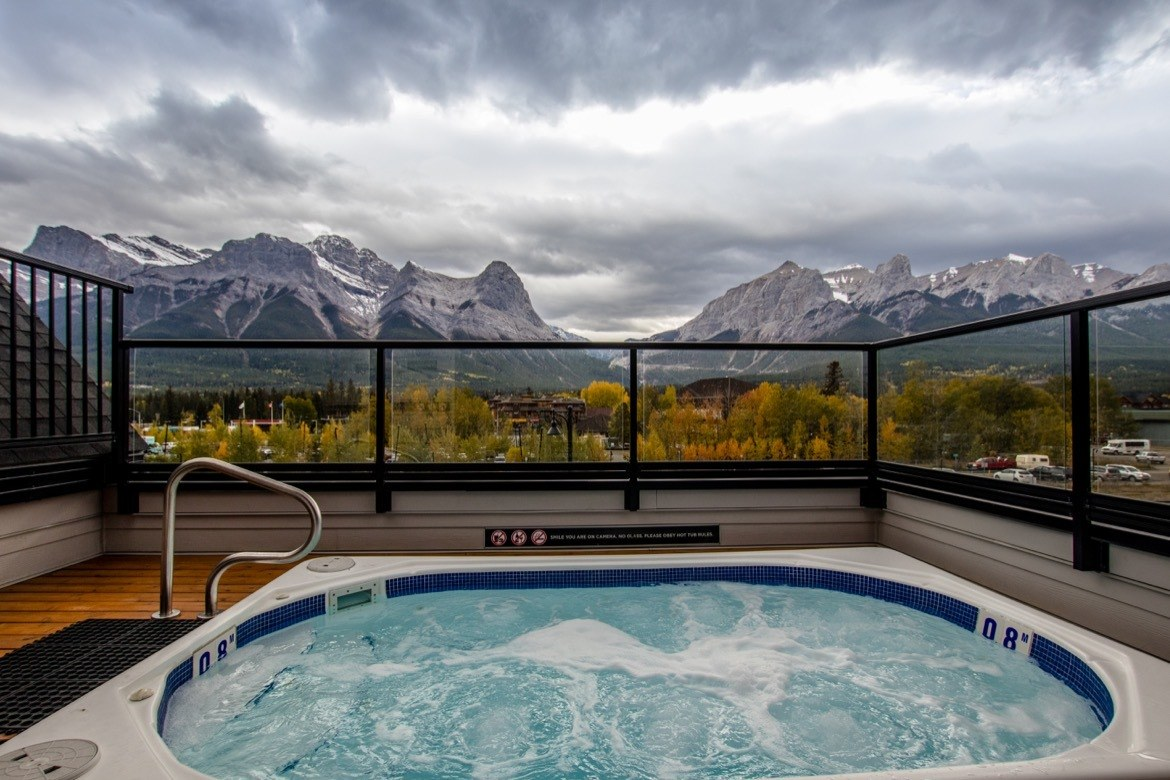 Basecamp Resort Canmore place to stay