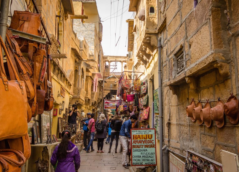 A bazaar in Jaisalmer shopping