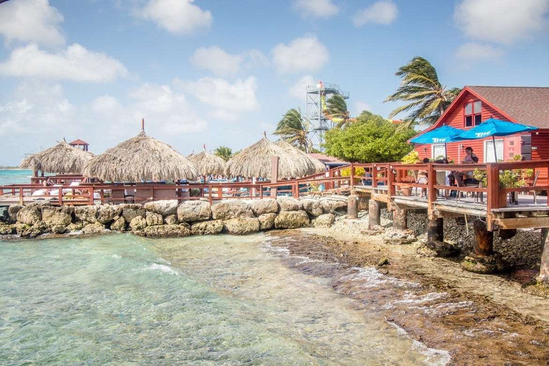 A restaurant on De Palm Island, Aruba