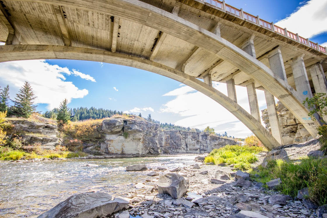 Lundbreck Falls in Alberta is one of the best Calgary day trips