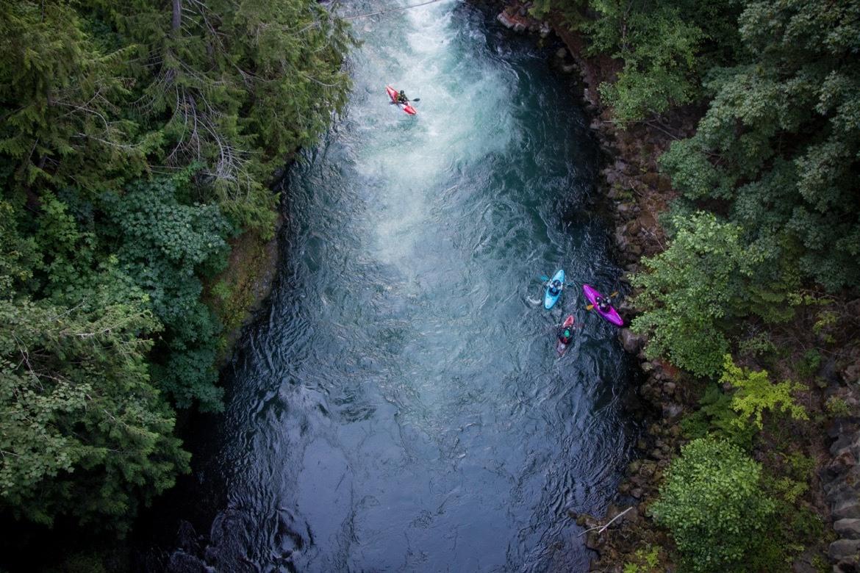 Kayaking along the White Salmon River in Washington