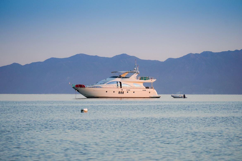 A yacht in La Ventana