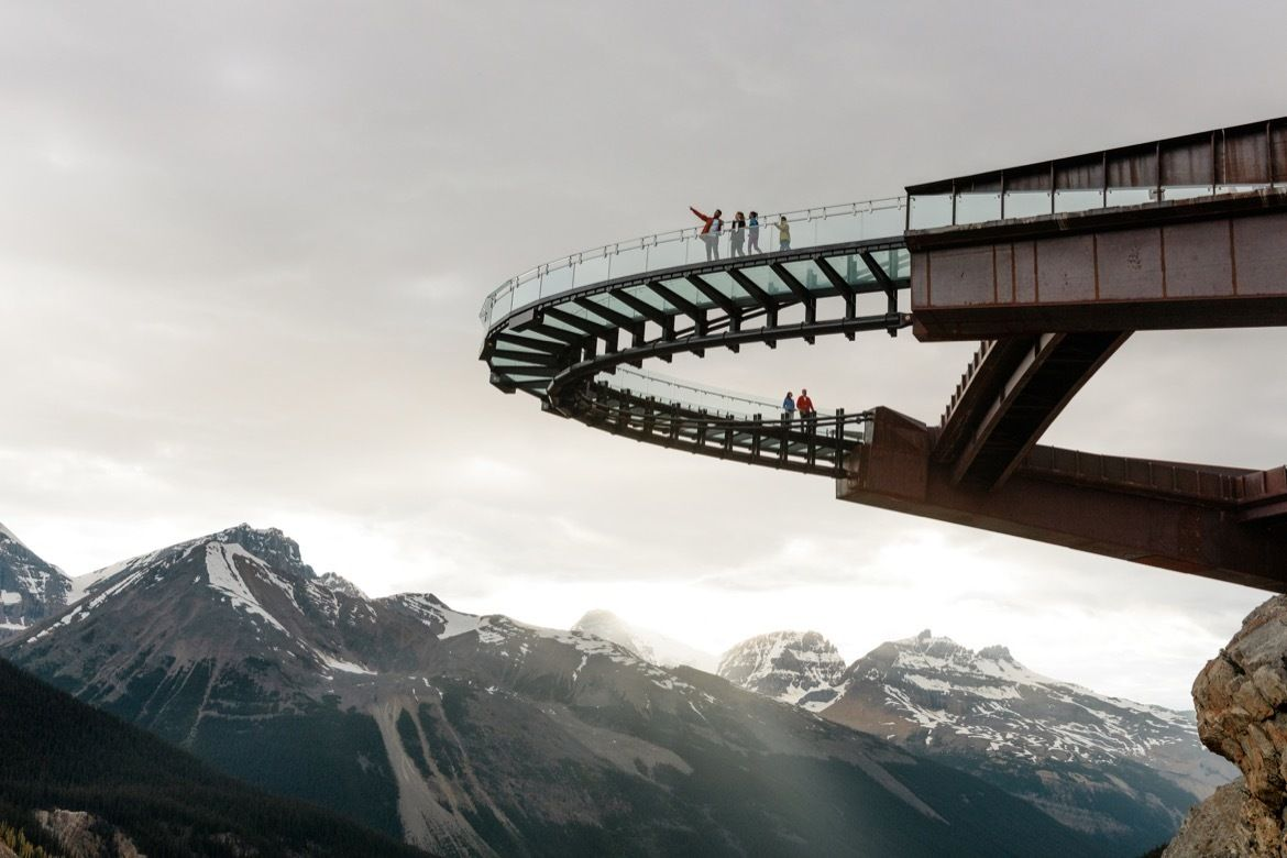 Visitors standing on the Columbia Icefield Skywalk