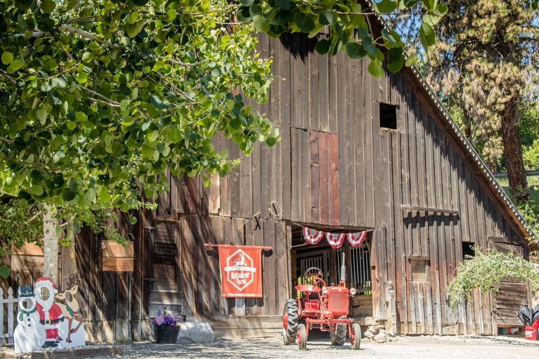 Leavenworth Reindeer Farm